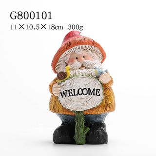 2/A Polyresin Standing Dwarf Deco