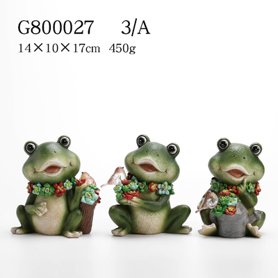 3/A Polyresin Frog with Solar light